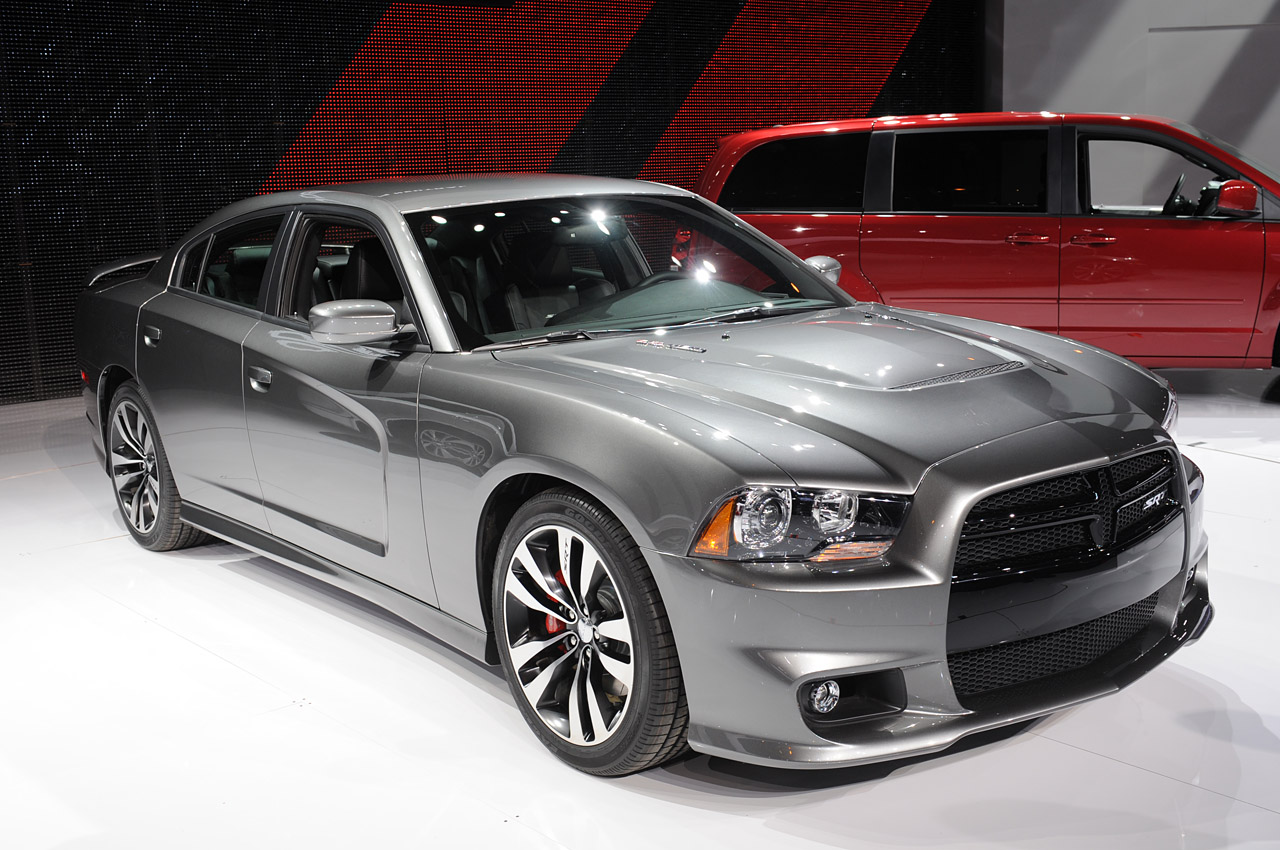dodge_charger_srt_8